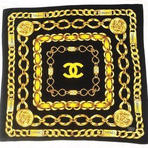 Chanel Vintage 31 Rue Cambon Black Gold Scarf